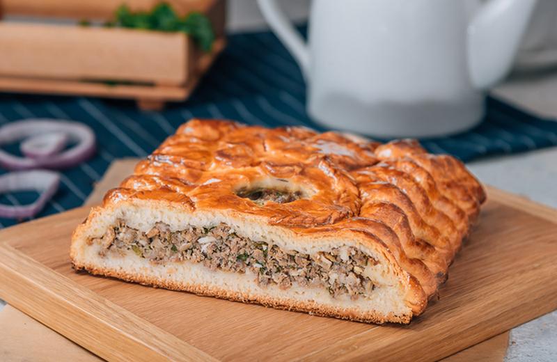 Доставка на дом пирог с мясом 0.5 кг