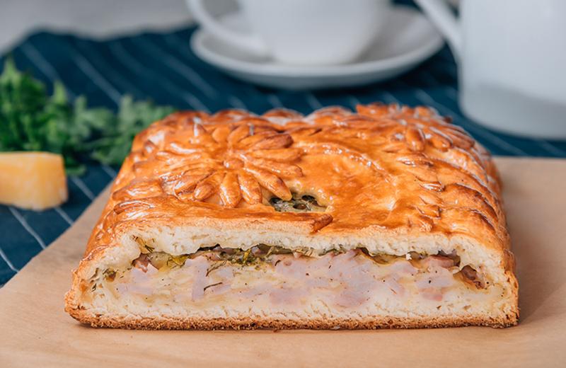 Доставка пирог с ветчиной и сыром 1кг