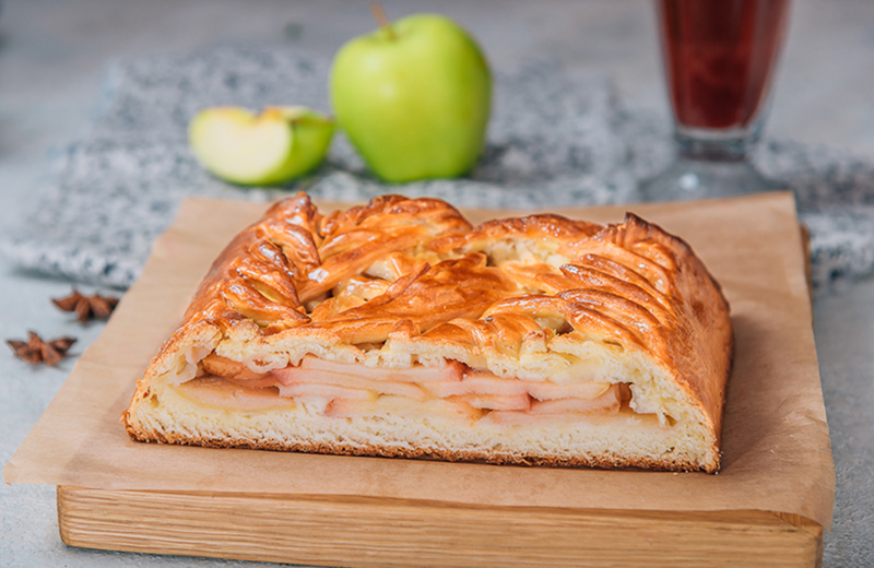 Заказ пирог с яблоком 2 кг